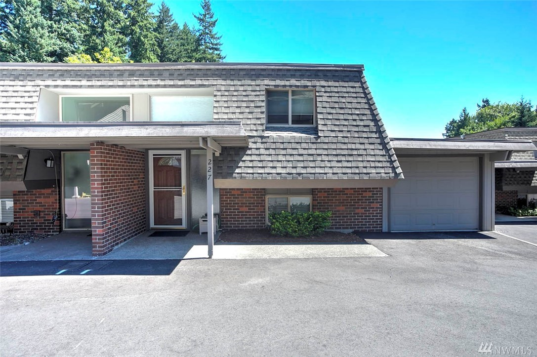 227 169th Ave NE, Bellevue, WA 98008