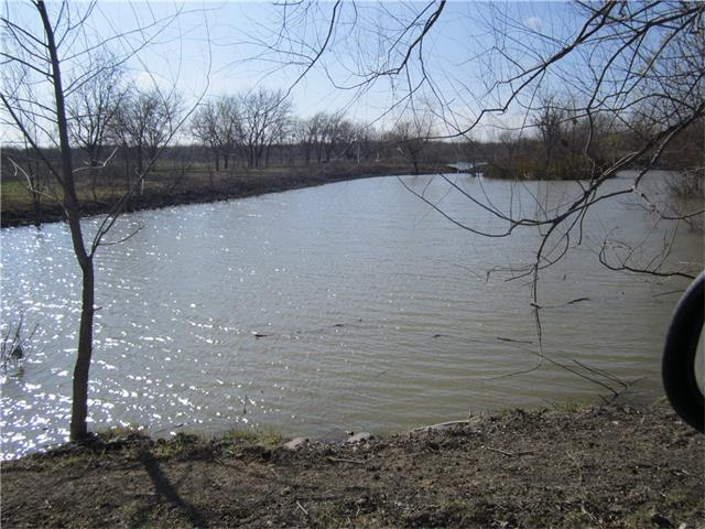 Great 44+ acres with huge potential.Near SH130 and Hwy 290. New Developments nearby. Good location for residential or commercial uses. Great spot for storage units.