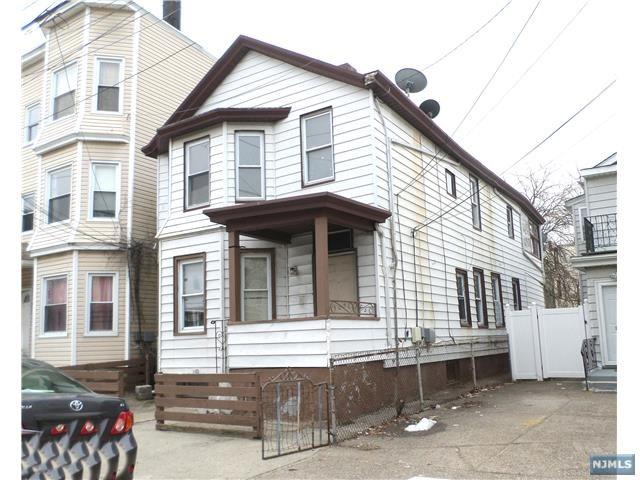 131 Paterson Avenue, Paterson, NJ 07502