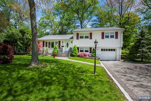 93 Brookview Terrace, Bergenfield, NJ 07621