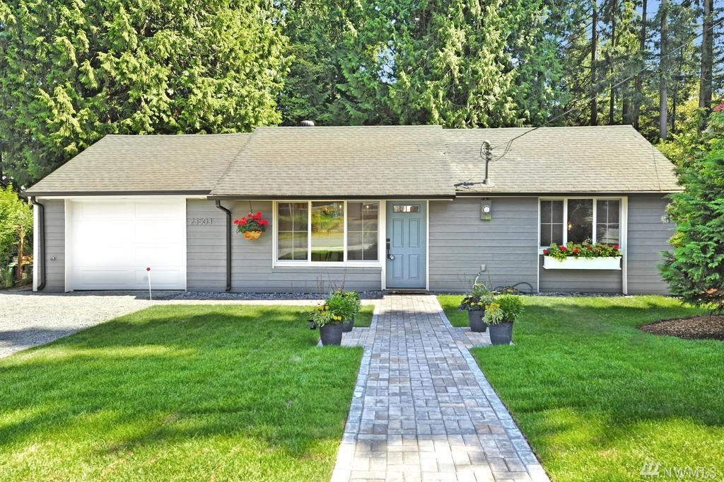 23503 Peterson Dr, Mountlake Terrace, WA 98043
