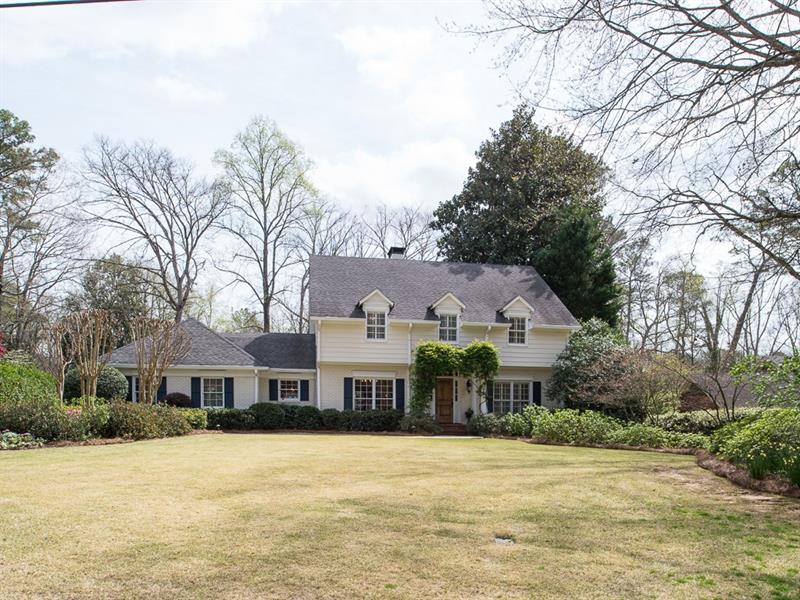 3391 Pinestream Road NW, Atlanta, GA 30327