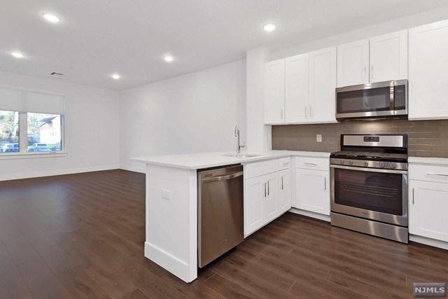 41 W Prospect Street 206, Waldwick, NJ 07463