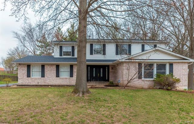 334 Stablestone Drive, Chesterfield, MO 63017