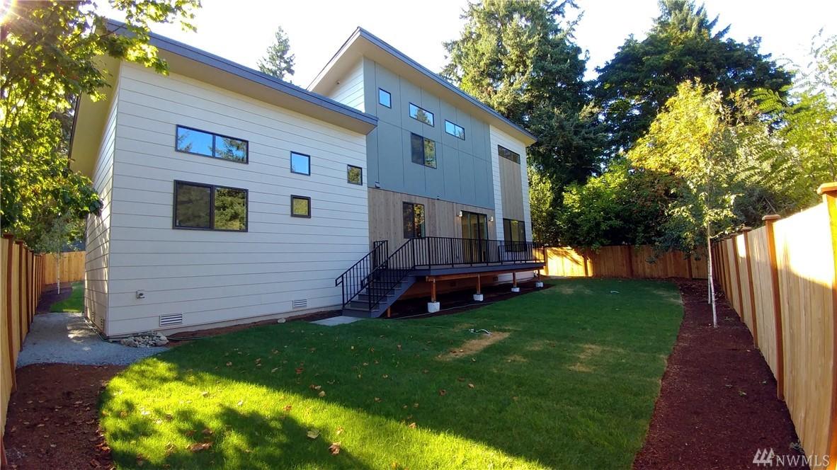 11338 20th Ave NE, Seattle, WA 98125