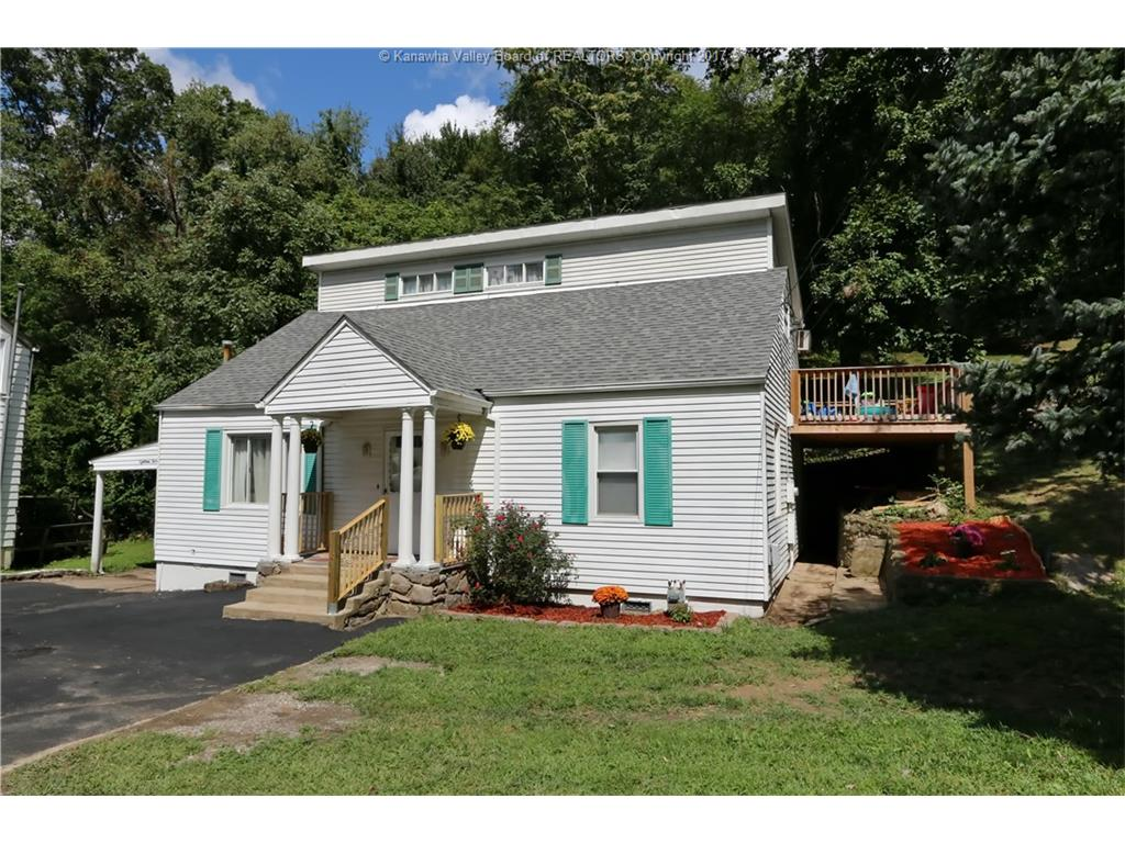 1820 Oakridge Drive, Charleston, WV 25311