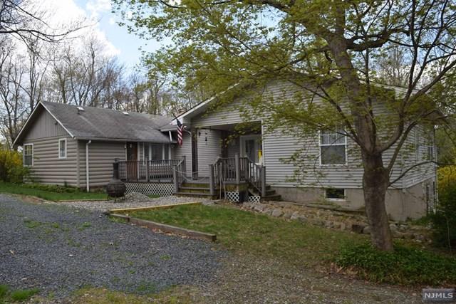 160 Coon Den Road, Vernon, NJ 07422