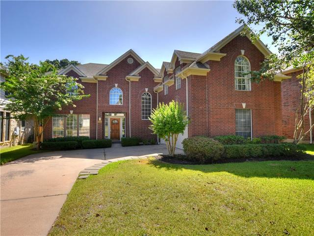 Simply amazing home in Davis Spring! Conveniently located near W Parmer Lane & Avery Ranch Blvd..minutes from shopping and golf. Enjoy the privacy of having a greenbelt with a pond right behind the home. Great open floor plan with lots of windows to allow natural light in. With all the extra space you can think of; living & family room, formal dining & breakfast area, plus a gameroom. Spacious size master bedroom with an extra seating area, master bath has a jetted-tub, walk-in shower and a huge closet.