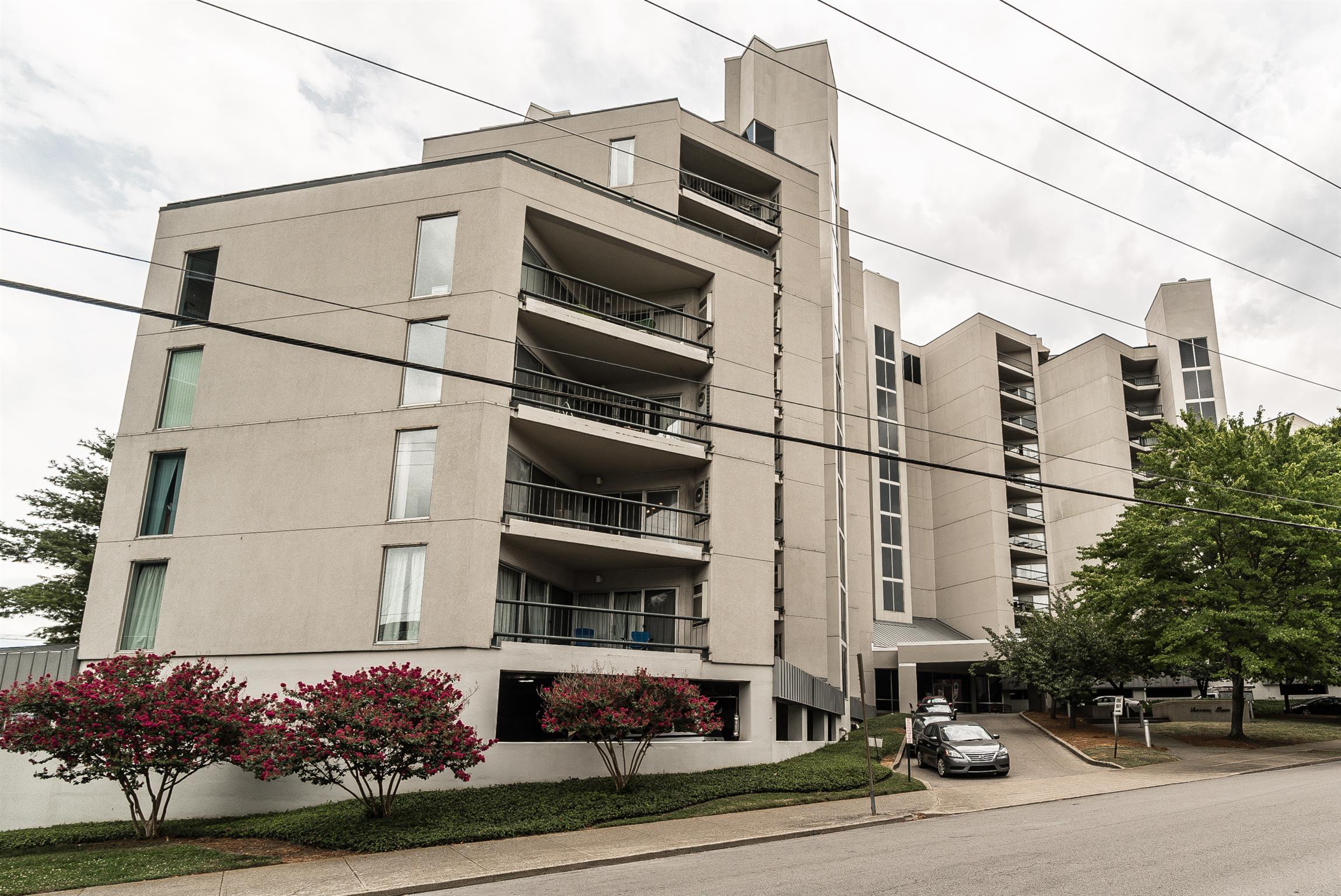 900 19th Ave S Apt. 211/212 211212, Nashville, TN 37212