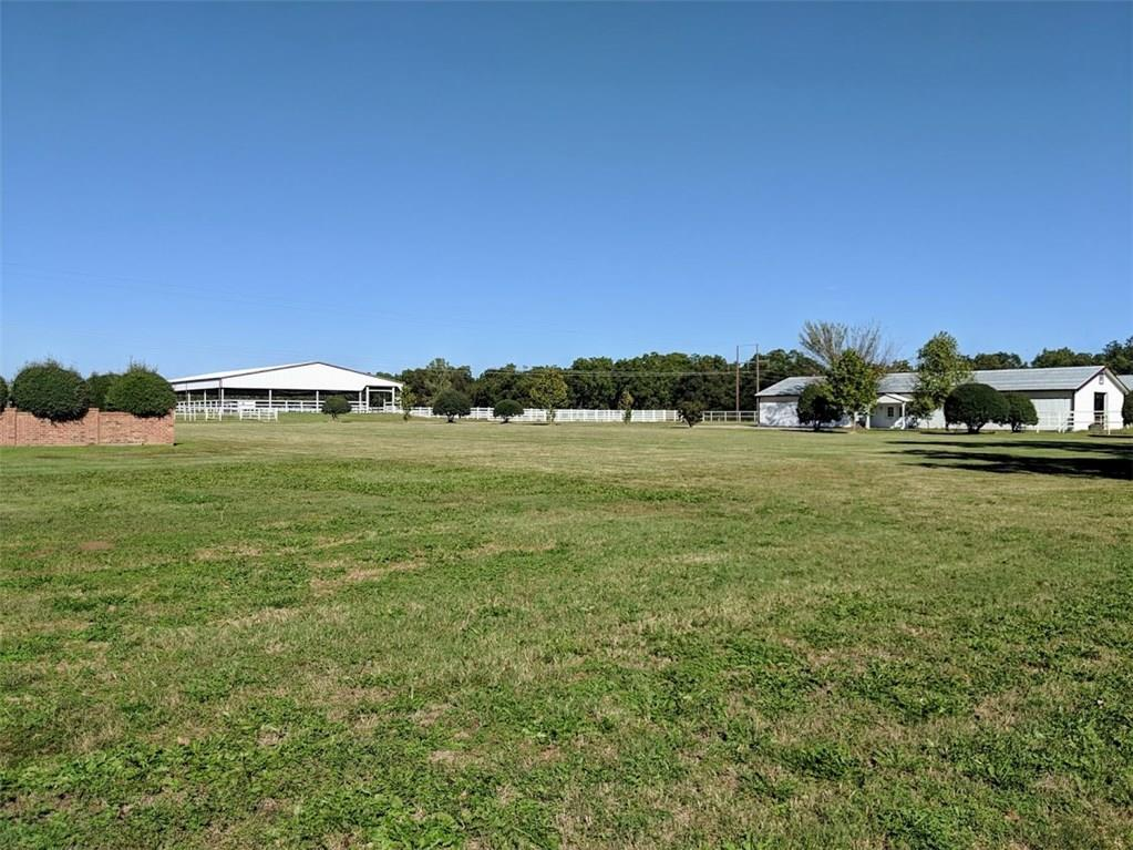 277 County Road 182, Gainesville, TX 76240