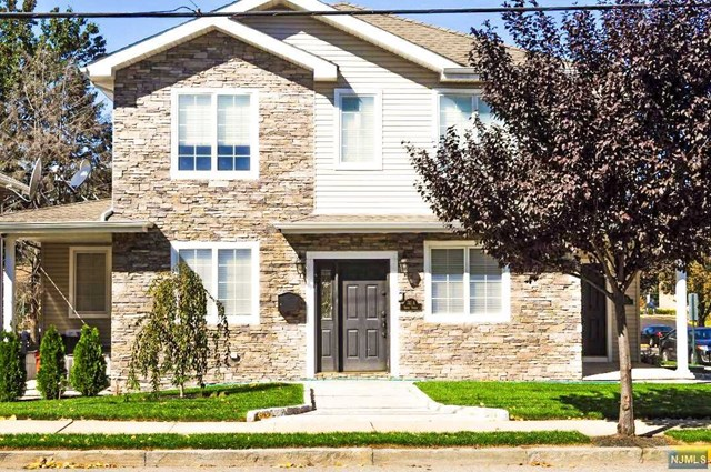 741 9th Street, Secaucus, NJ 07094