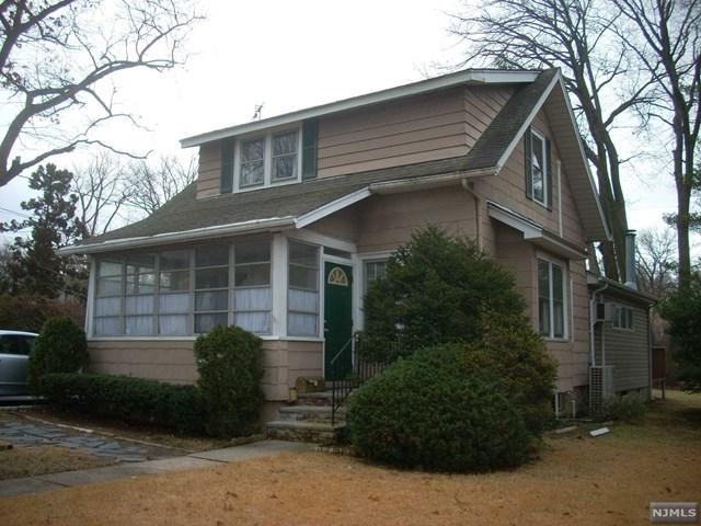 209 Woodland Avenue, River Edge, NJ 07661