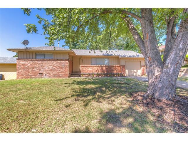 2844 S Maplewood Avenue, Tulsa, OK 74114