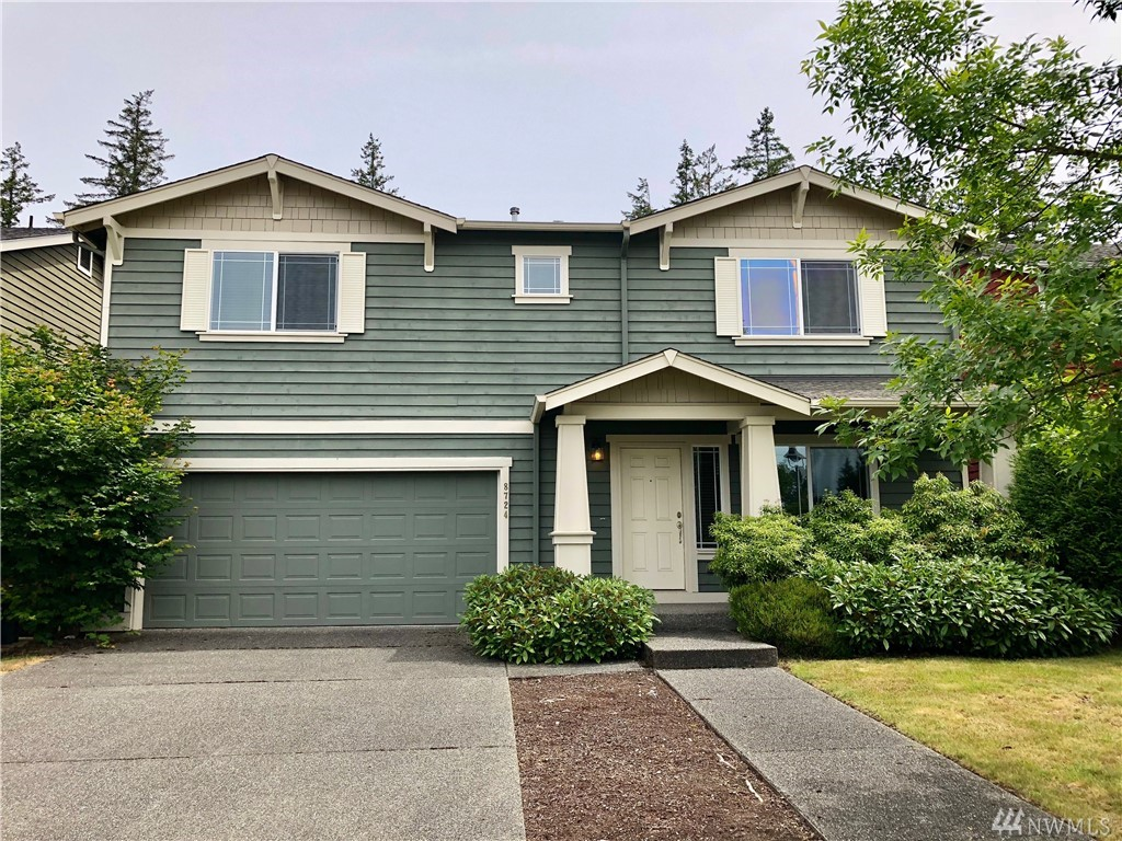 Beautiful, spacious home in desirable Redmond Ridge neighborhood. Open and airy floor plan features formal living room + family room with fireplace that opens to the kitchen. Decently sized 3 bedrooms including master bedroom w/ large walk-in closet. Upstairs loft areas can be use for office or den. Abundance of closet / bathroom space, large, fully fenced, low-maintenance backyard - great for gardening. Near parks / trails and highly rated Rosa Parks Elementary school. Great community!