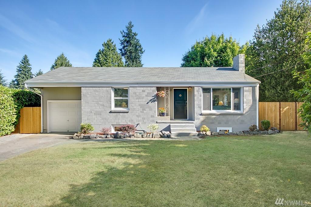 1932 N 120th St, Seattle, WA 98133