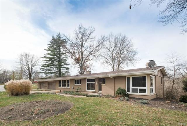 233 Valley View, Chesterfield, MO 63005