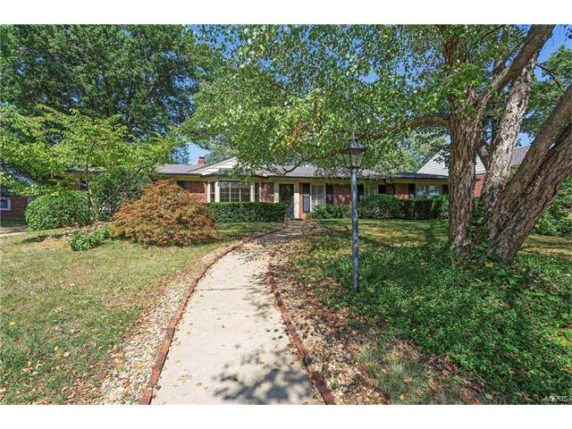 9061 Monmouth Drive, Richmond Heights, MO 63117