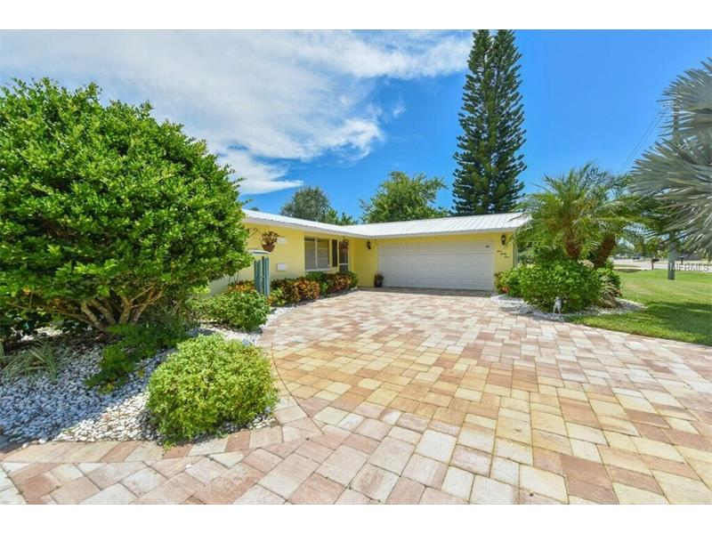 Venice Fl Pool Homes For Sale 250 000 350 000