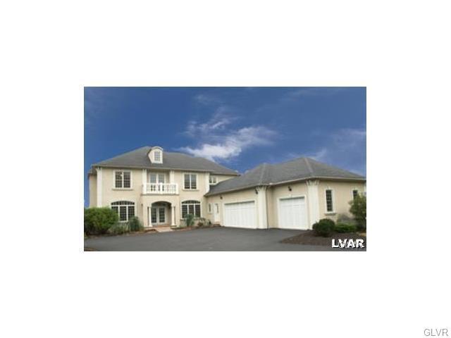 6000 Lori Court, Upper Saucon Twp, PA 18034