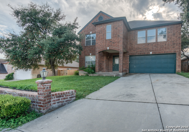 Great rental home in Stone Oak located on cul-de-sac. Features open floor plan, formal living & dining, island kitchen overlooking breakfast nook, huge master bdrm w/ dual walk in closets, fresh paint & carpet thru out plus new fixtures. Large outdoor deck overlooking mature trees & spacious backyard. Great for entertaining.