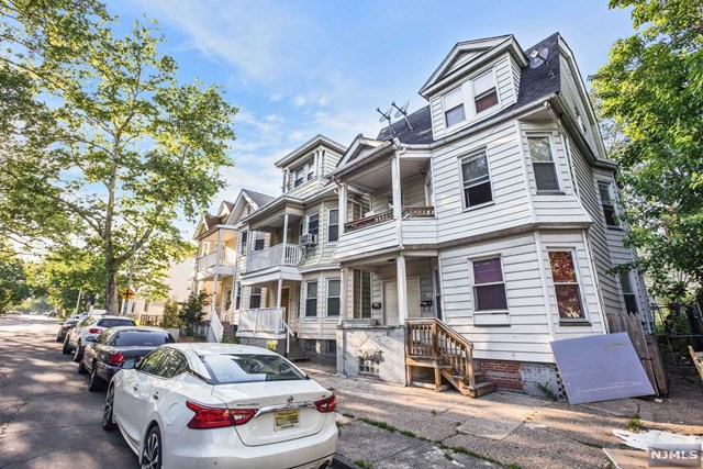 64 9th Avenue, East Orange, NJ 07018