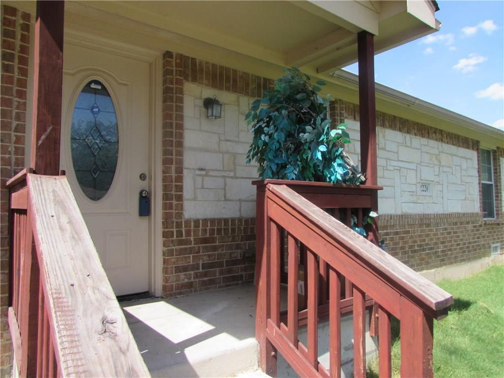 2220 Piedmont Street, Irving, TX 75061