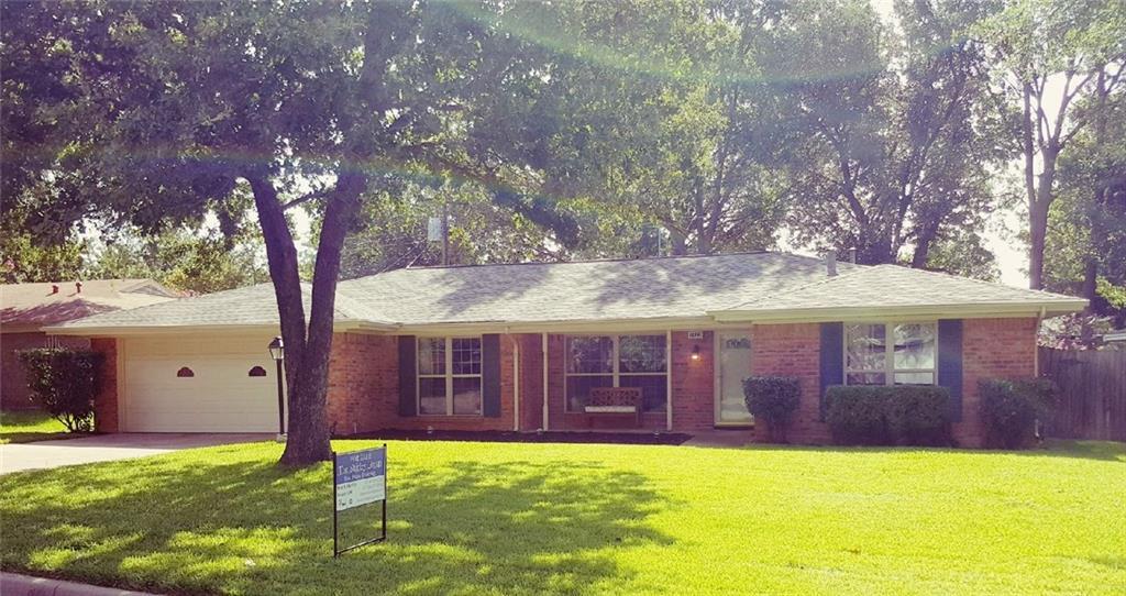 1128 Livingston Drive, Hurst, TX 76053
