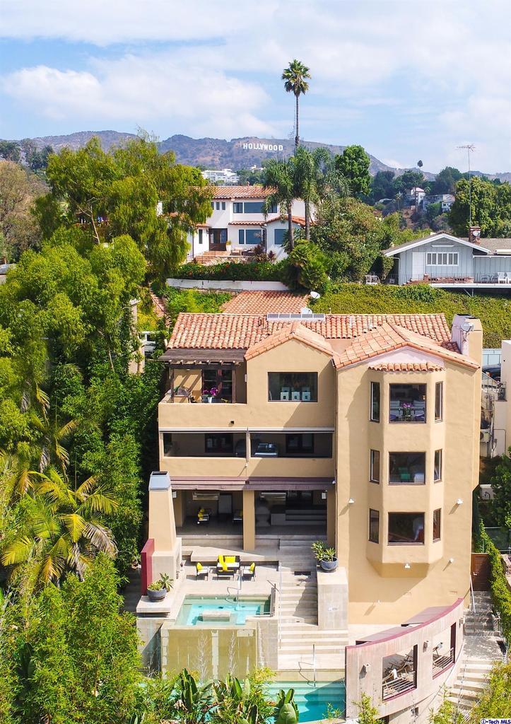 6324 QUEBEC Drive, Hollywood Hills, CA 90068