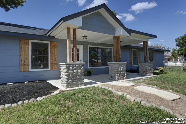 110 E Huebinger St, Marion, TX 78124