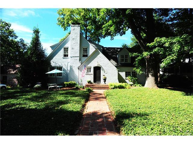 433 Parkwoods Avenue, Kirkwood, MO 63122