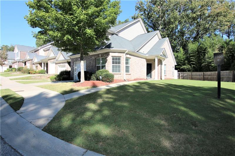College Park GA Listing # 5918702 2555  Flat Shoals 2506 30349 Providence Place