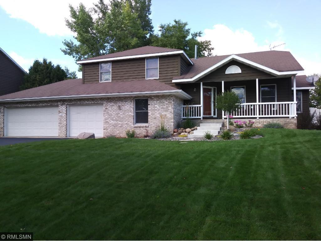 1207 Mill Creek Circle, Saint Cloud, MN 56303