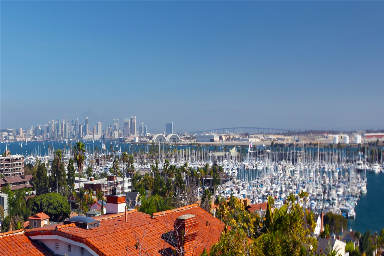 945 - 947 Harbor View Dr, San Diego, CA 92106
