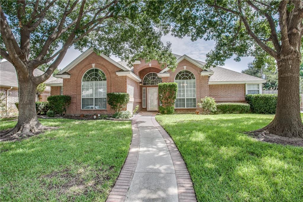 7836 Hidden Oaks Drive, North Richland Hills, TX 76182