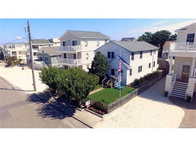 2209 West Avenue, Beach Haven