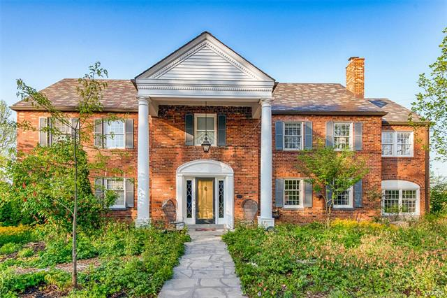 115 Lake Forest Drive, St Louis, MO 63117