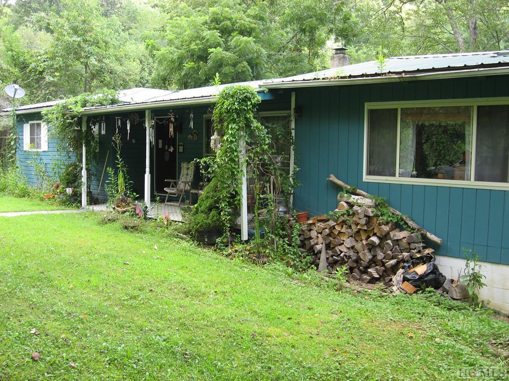 6404 Hwy 107N, Glenville, NC 28736