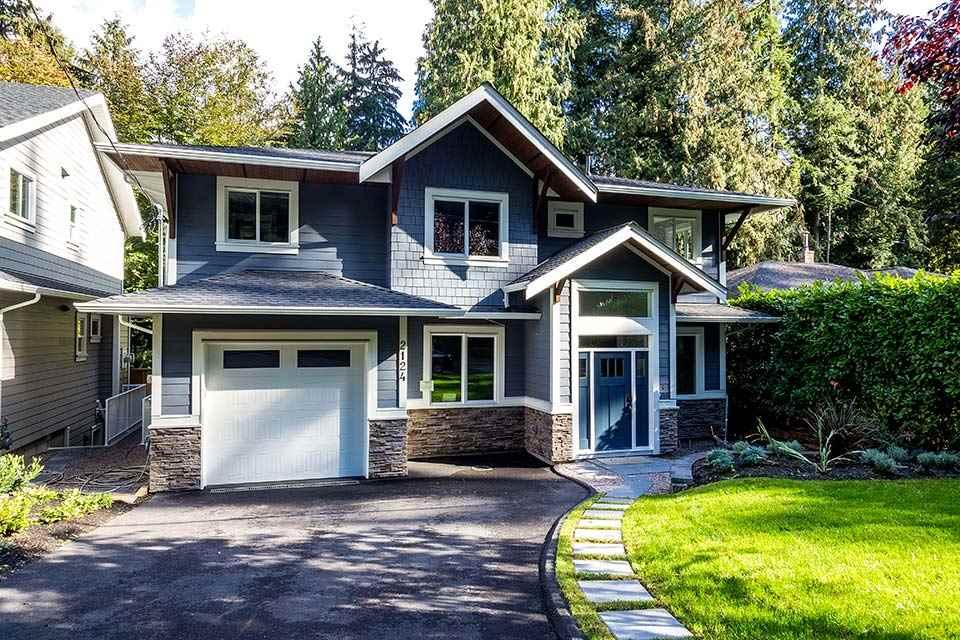 2124 MACKAY AVENUE, North Vancouver, BC V7P 2M7