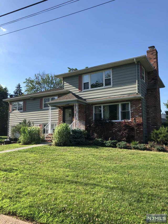 39-13 Kearns Place, Fair Lawn, NJ 07410