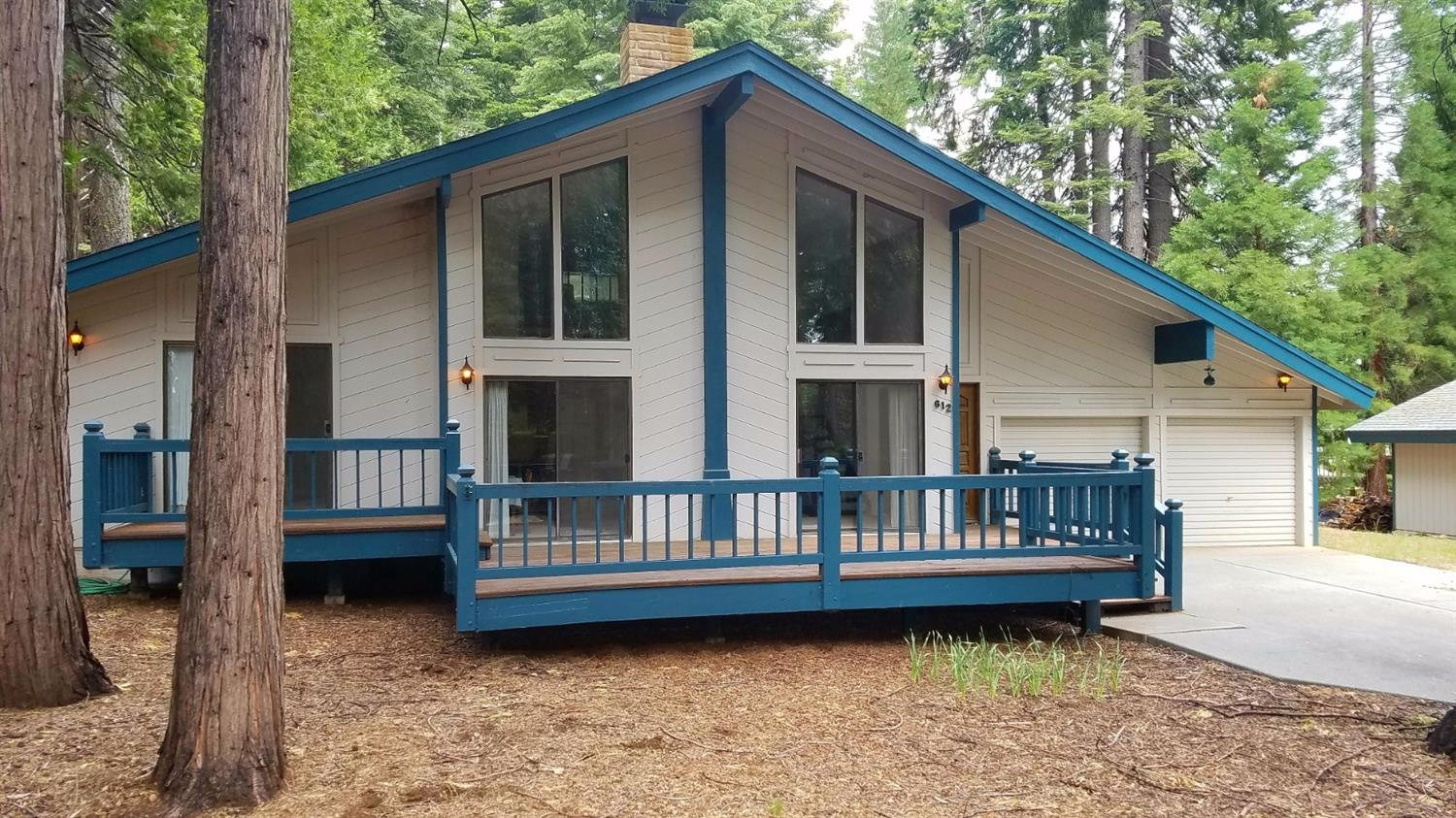 612 Clifford Trail, Lake Almanor, CA 96137