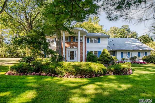 Gracious Center Hall Colonial On Desirable Steven Lane With Elegant Entry On An Acre Flat Property. Formal Living And Dinning Room With Great Flow For Family Entertainment. A Must See!