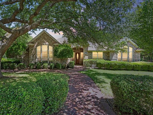 Former Wilshire Model single story home located on a corner lot. Home is across from the community pool and on a quiet dead end street. This home has tons of upgrades thru out! Backyard perfect for entertaining. Upgraded High End Appliances. Trees, trees, and more trees! Highly acclaimed Round Rock ISD!