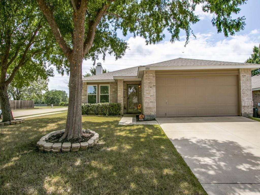 8701 Swan Park Drive, Denton, TX 76210