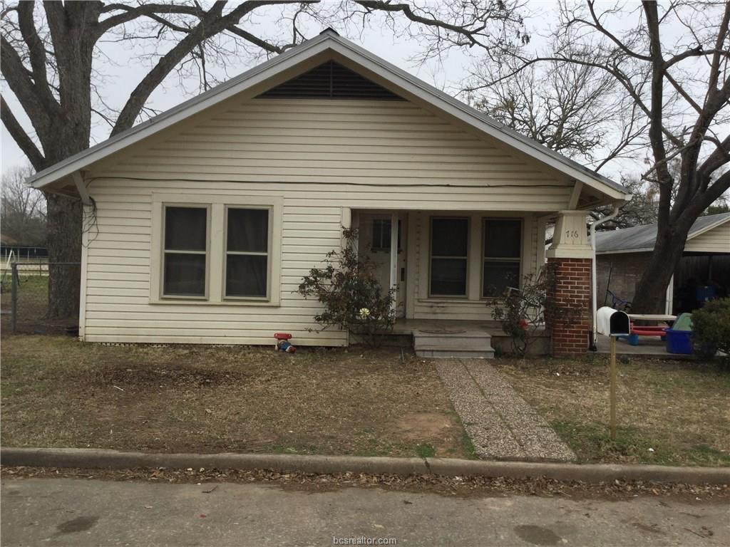 716 Maple Avenue, Rockdale, TX 76567