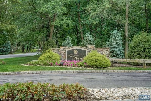 3103 Pointe Gate Drive, Livingston, NJ 07039