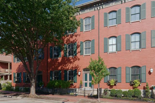 1846 S 9th Street, St Louis, MO 63104