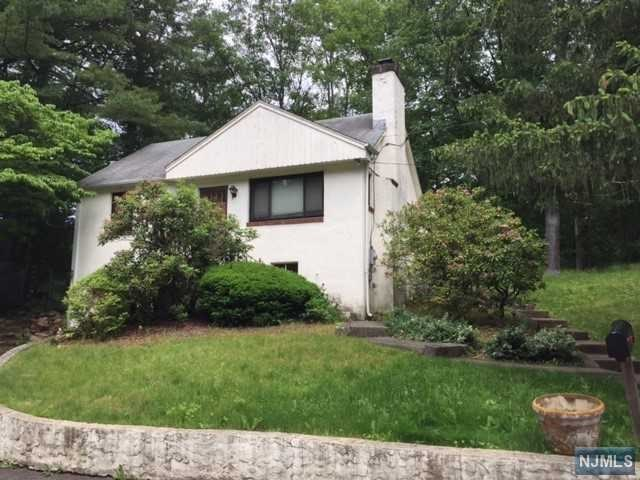 14 Humbert Place, Wanaque, NJ 07465