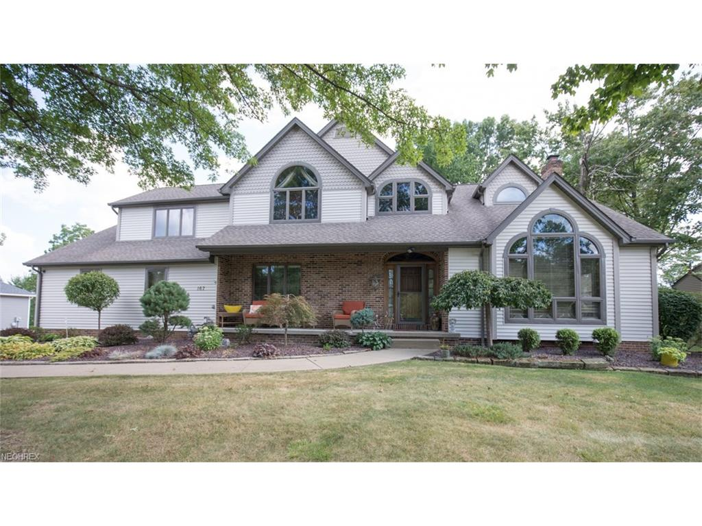 167 Colonial Dr, Canfield, OH 44406