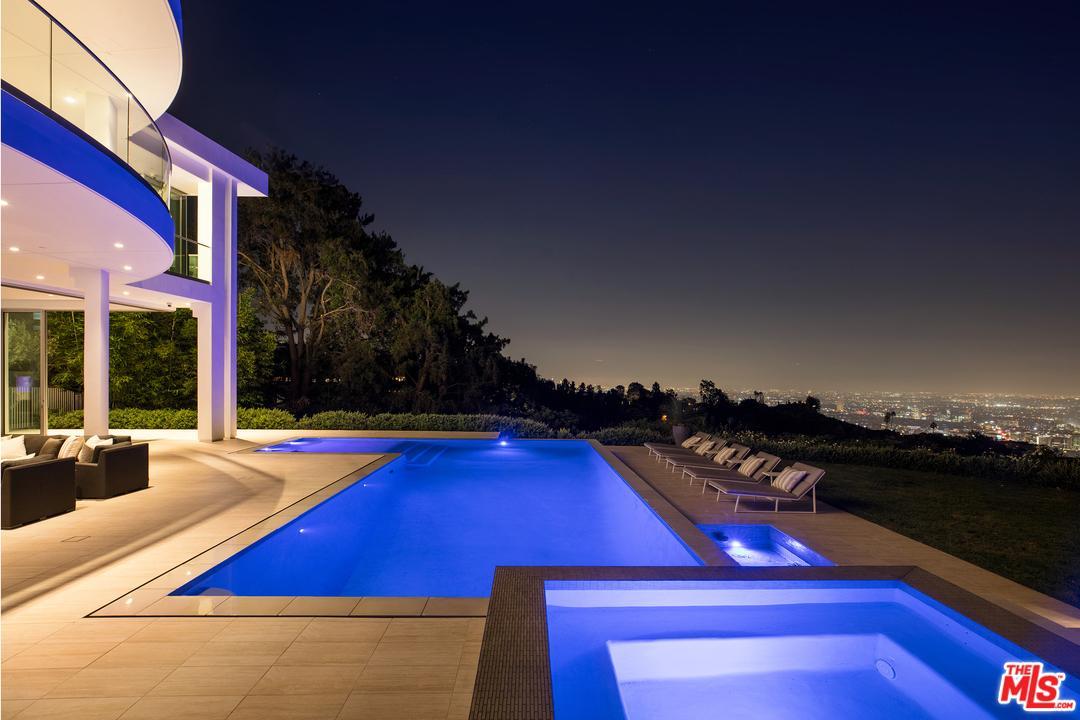 1609 MAGNETIC Terrace, Los Angeles (City), CA 90069