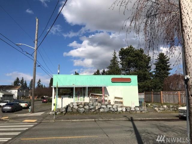 1022 SW Henderson St, Seattle, WA 98106